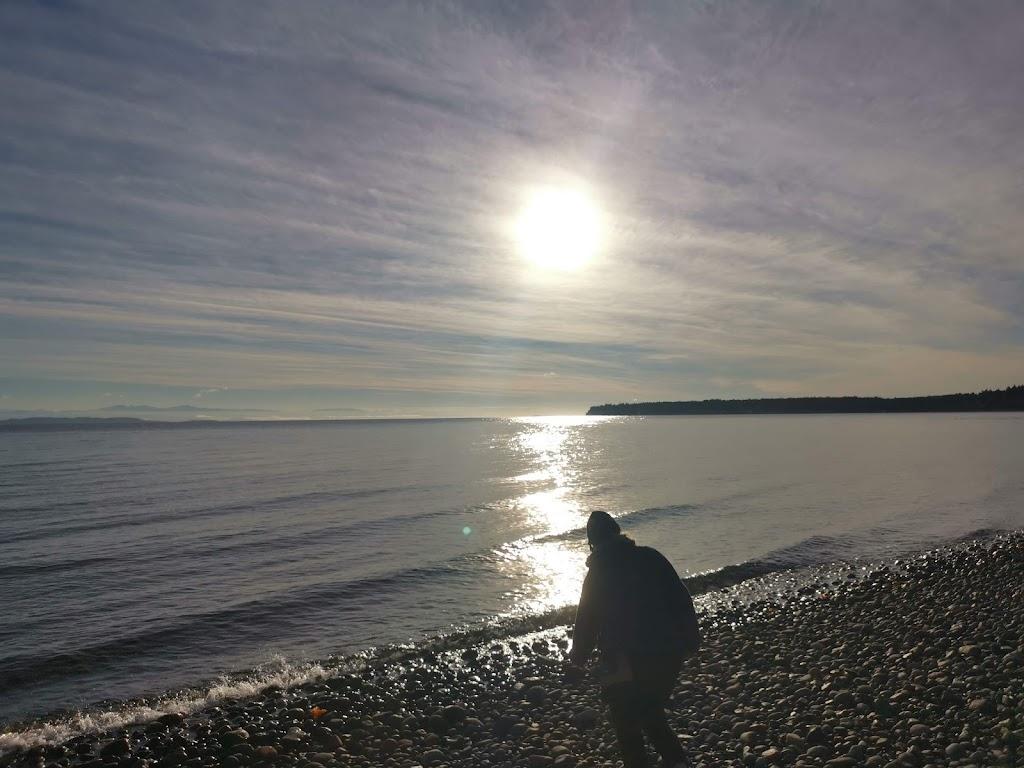 Brisa Marina | lodging | 204 Kinkade Rd, Qualicum Beach, BC V9K 2B5, Canada | 2507527430 OR +1 250-752-7430