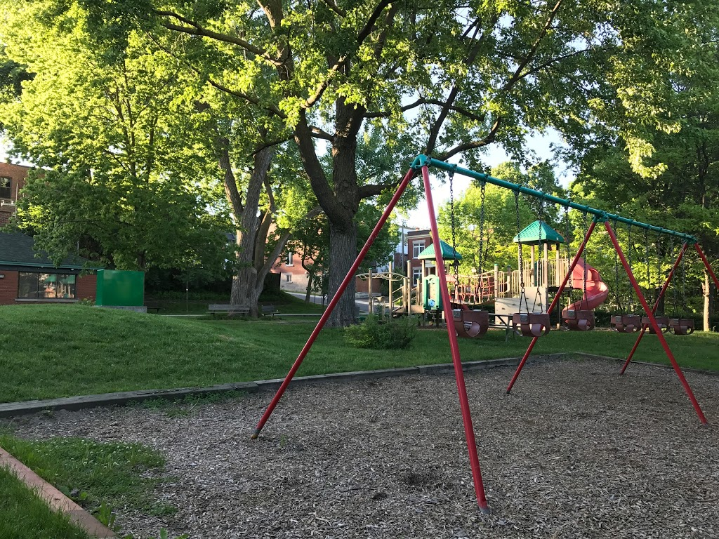 Prince Albert Playground   park   Westmount, QC H3Y 2M4, Canada