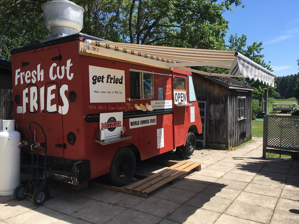 Fry Truck at Point Farms | meal takeaway | 82522 Bluewater Hwy, Goderich, ON N7A 3X9, Canada | 5195246362 OR +1 519-524-6362