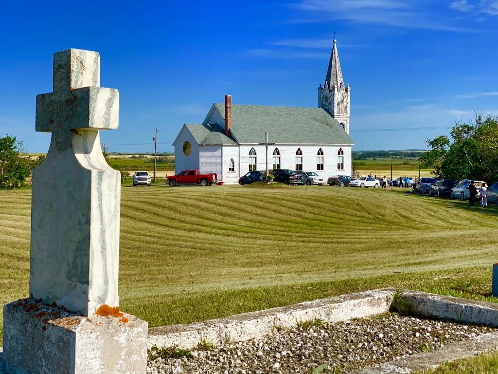 Our Lady Queen of Peace Roman Catholic Parish & Cemetery | church | SK-767, Grant No. 372, SK S0K, Canada, Canada
