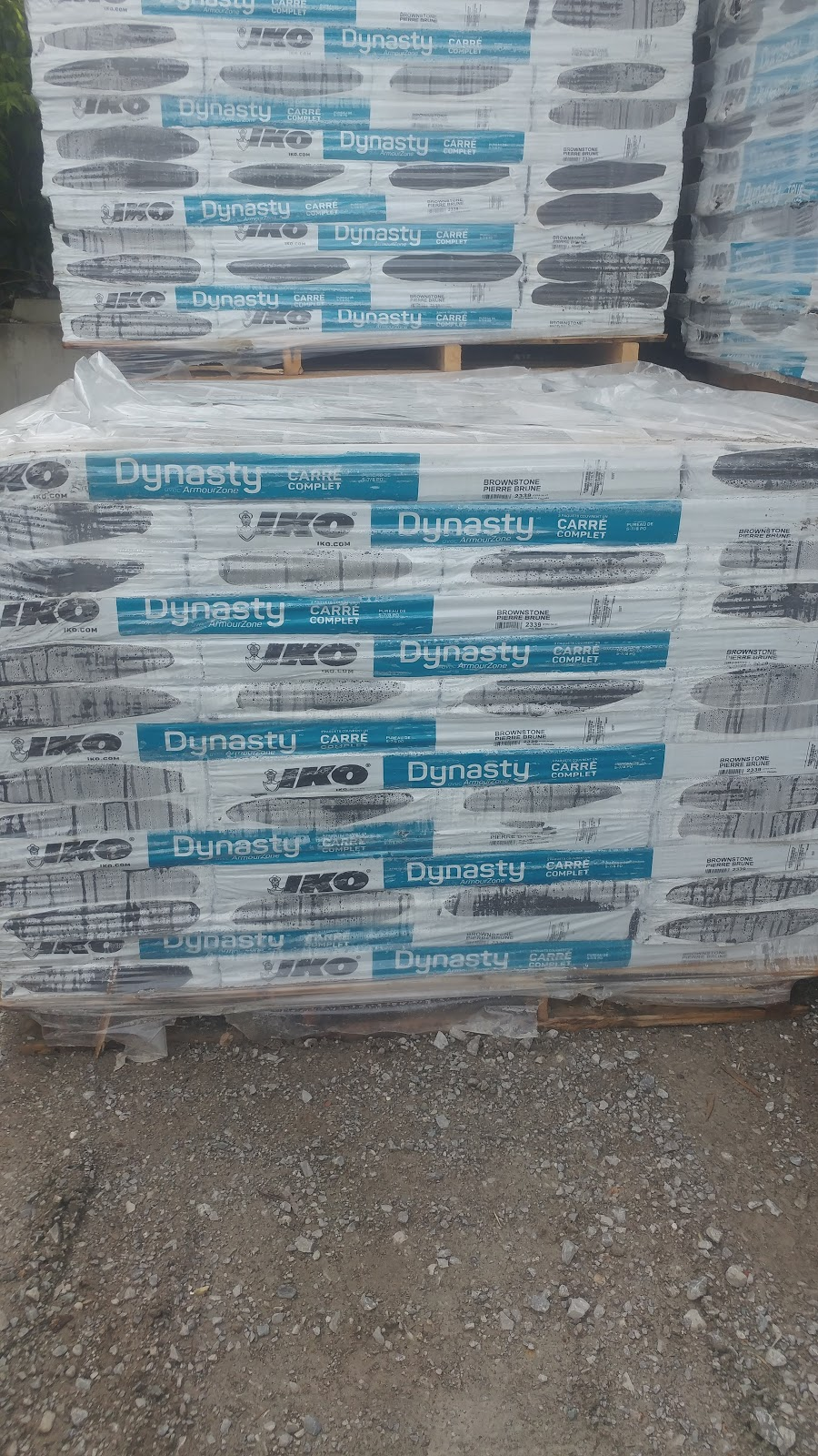 D & Cees Roofing Supplies Inc   store   78 Summit Ave, York, ON M6E 1X7, Canada   4166527330 OR +1 416-652-7330