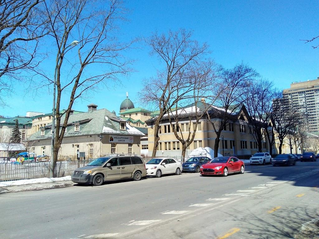 Dawson College | university | 3040 Rue Sherbrooke Ouest, Montréal, QC H3Z 1A4, Canada | 5149318731 OR +1 514-931-8731