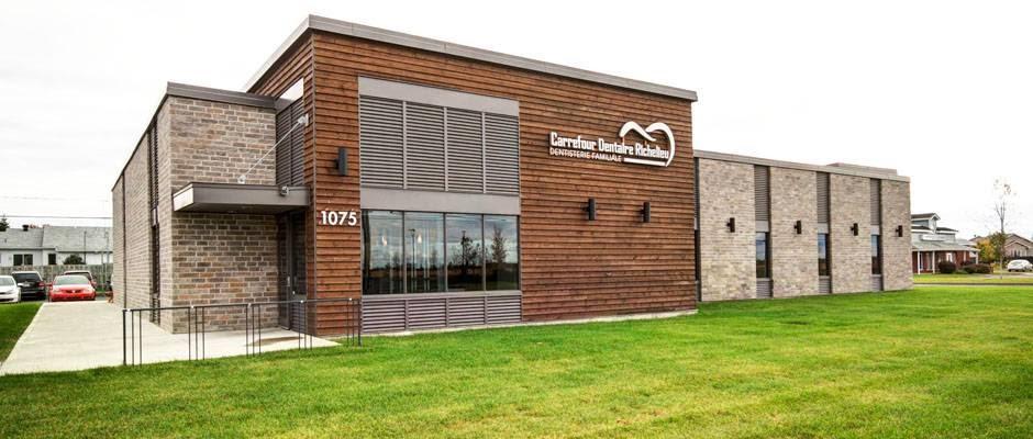 Carrefour Dentaire Richelieu | dentist | 1075 Rue Bernier, Saint-Jean-sur-Richelieu, QC J2W 1X4, Canada | 4503484956 OR +1 450-348-4956