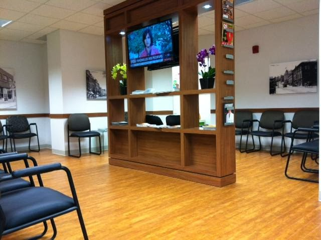 Dental Center Du Vieux Sherbrooke | dentist | 209 Rue Belvédère N #100, Sherbrooke, QC J1H 4A7, Canada | 8195654132 OR +1 819-565-4132