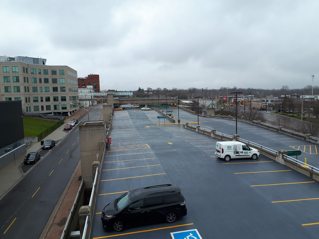 Brantford Commons South | shopping mall | 50 Market St S, Brantford, ON N3T 2H3, Canada