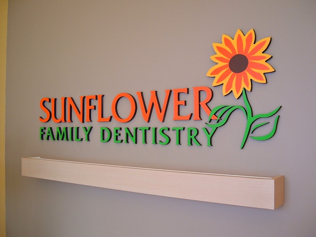 Sunflower Family Dentistry (Dr. Matthew Soo Dentistry Prof. Corp | dentist | 95 Times Ave c7, Thornhill, ON L3T 0A2, Canada | 9054823030 OR +1 905-482-3030