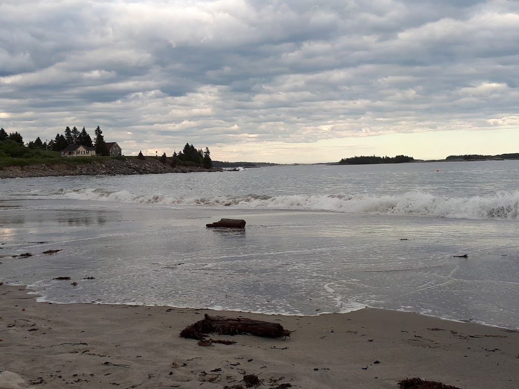 Bayswater Beach Provincial Park | park | 4100 NS-329, Hubbards, NS B0J 1T0, Canada