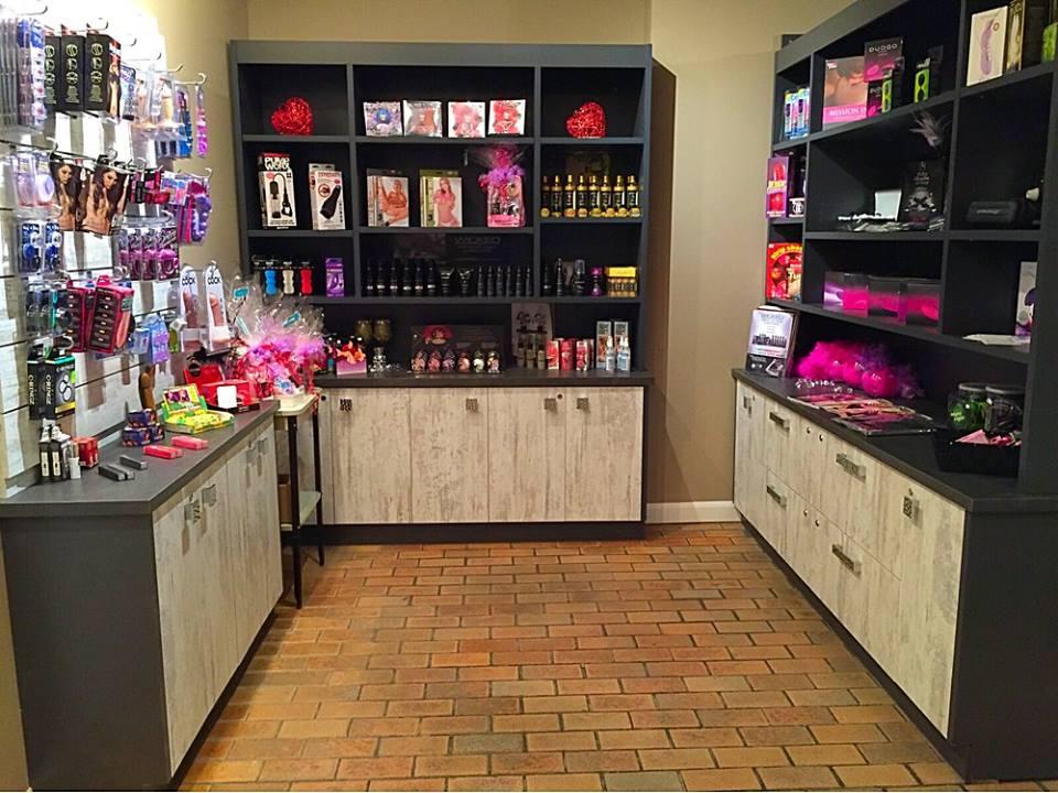 La Grignote Boutique coquine   store   2 Chemin de lÉquerre, Baie-Saint-Paul, QC G3Z 2Y5, Canada   4184353044 OR +1 418-435-3044