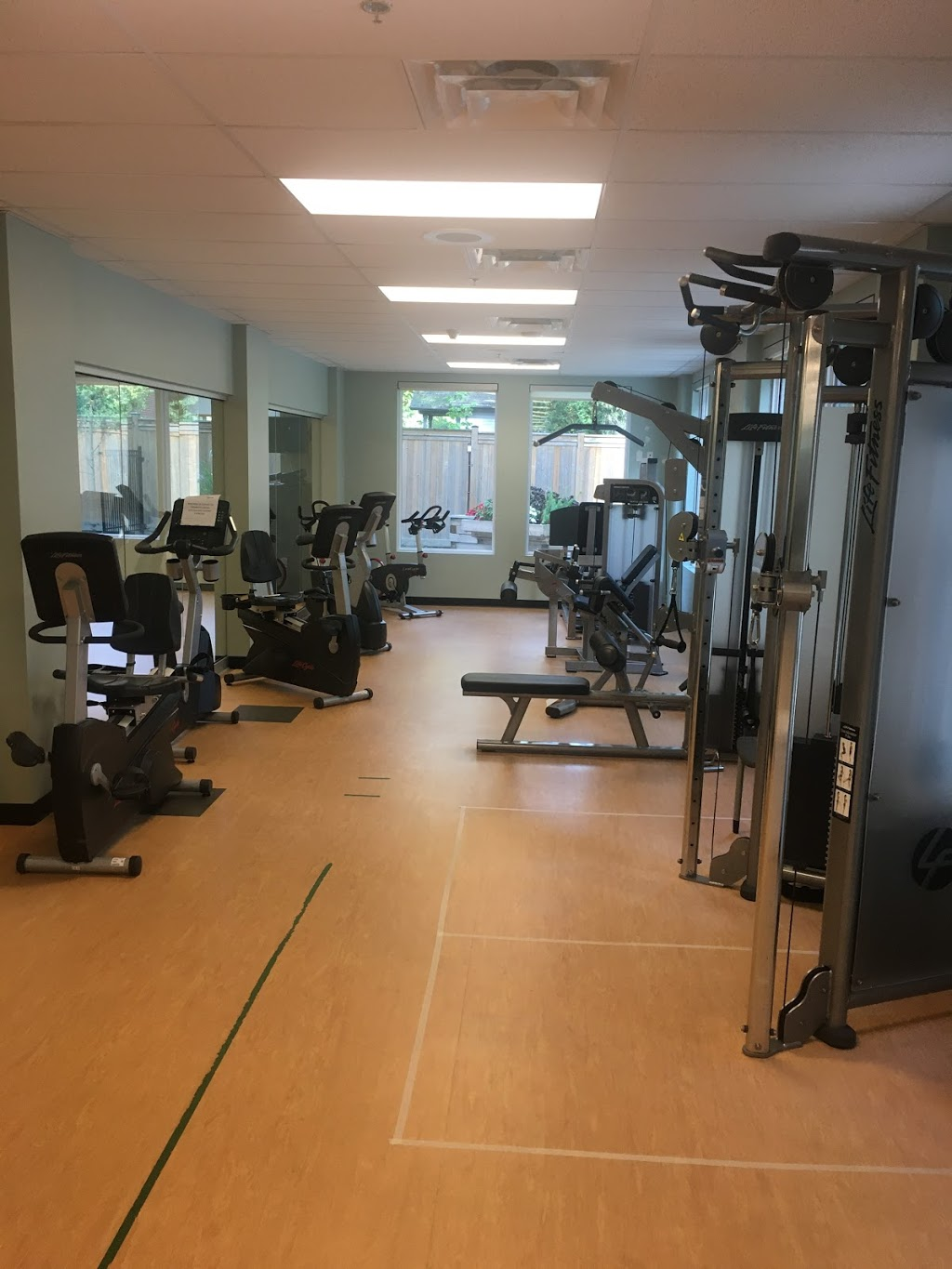 Advanced Fitness Center | gym | 230 Victoria St #102, London, ON N6A 2C2, Canada | 5198731603 OR +1 519-873-1603