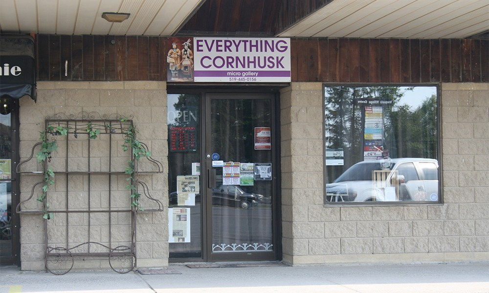 Everything Cornhusk Gallery   store   1721 Chiefswood Rd, Ohsweken, ON N0A 1M0, Canada   5197172644 OR +1 519-717-2644