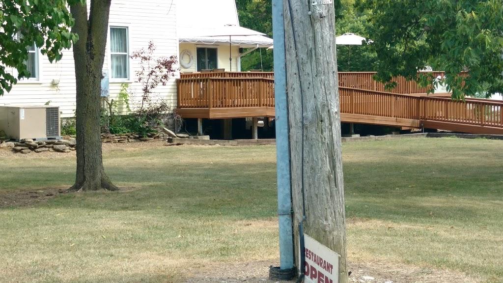 Anchor And Wheel Inn | lodging | 11 W Shore Rd, Pelee Island, ON N0R 1M0, Canada | 5197242195 OR +1 519-724-2195