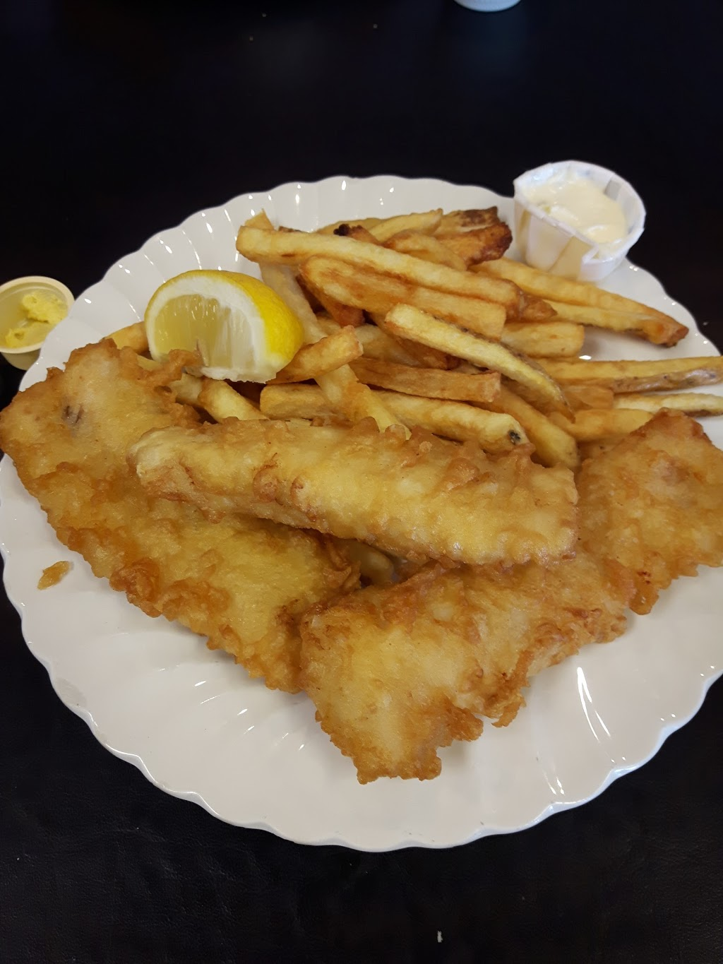 The Original Captain Johns Fish & Chips | restaurant | 125 Mitton St S, Sarnia, ON N7T 5W3, Canada | 5193442525 OR +1 519-344-2525