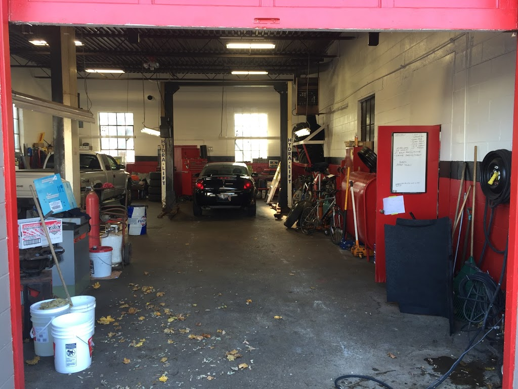 Mazzettis Motor Products | car dealer | 9 Smith Ave, Guelph, ON N1E 5V4, Canada | 5198225678 OR +1 519-822-5678
