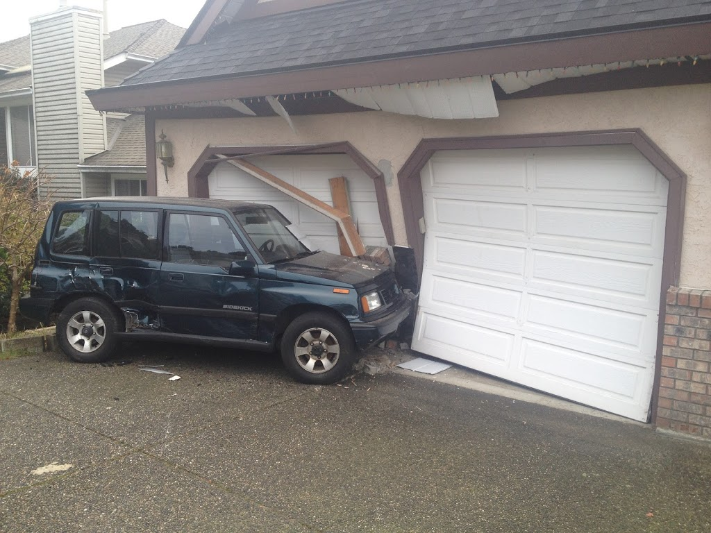 Canyon Springs Overhead Door   point of interest   3165 Leeward Ct, Coquitlam, BC V3C 5A9, Canada   6049457595 OR +1 604-945-7595