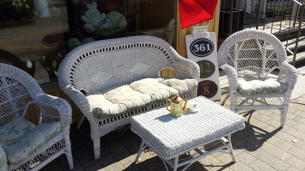 Reids Antiques | home goods store | 6397 Main St, Whitchurch-Stouffville, ON L4A 1G4, Canada | 9056429864 OR +1 905-642-9864