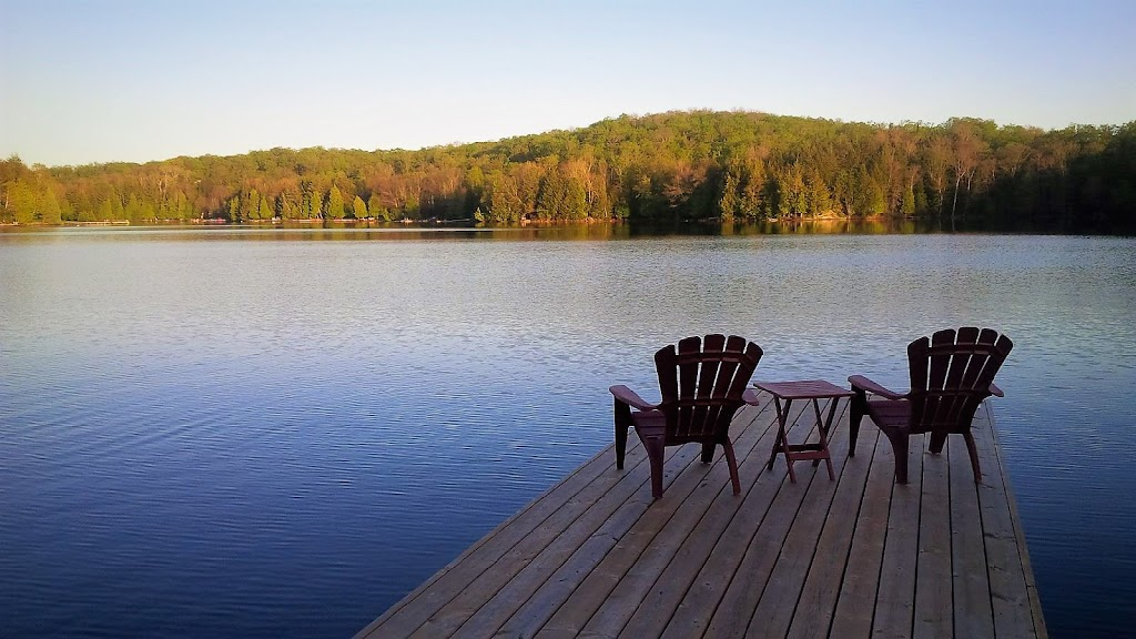 Bay Lake Cottage Rental | lodging | 35 Maple Dr, Emsdale, ON P0A 1J0, Canada | 5195895206 OR +1 519-589-5206