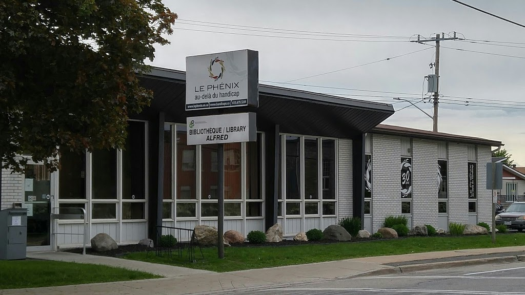 Alfred Public Library | library | 555 St-Philippe St, Alfred, ON K0B 1A0, Canada | 6136792663 OR +1 613-679-2663