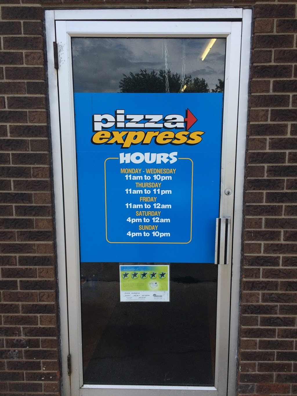 Pizza Express | meal takeaway | 50 King St W, Harrow, ON N0R 1G0, Canada | 5197382085 OR +1 519-738-2085