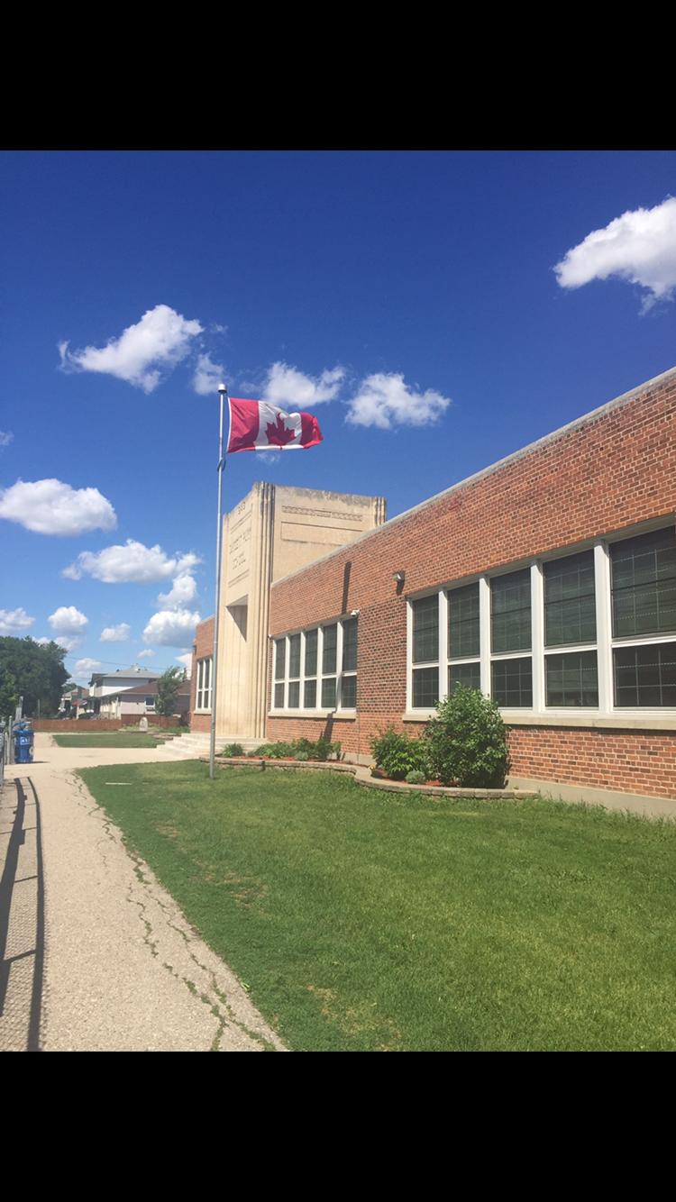 Sargent Park School | school | 2 Sargent Park Pl, Winnipeg, MB R3E 0V8, Canada | 2047758985 OR +1 204-775-8985
