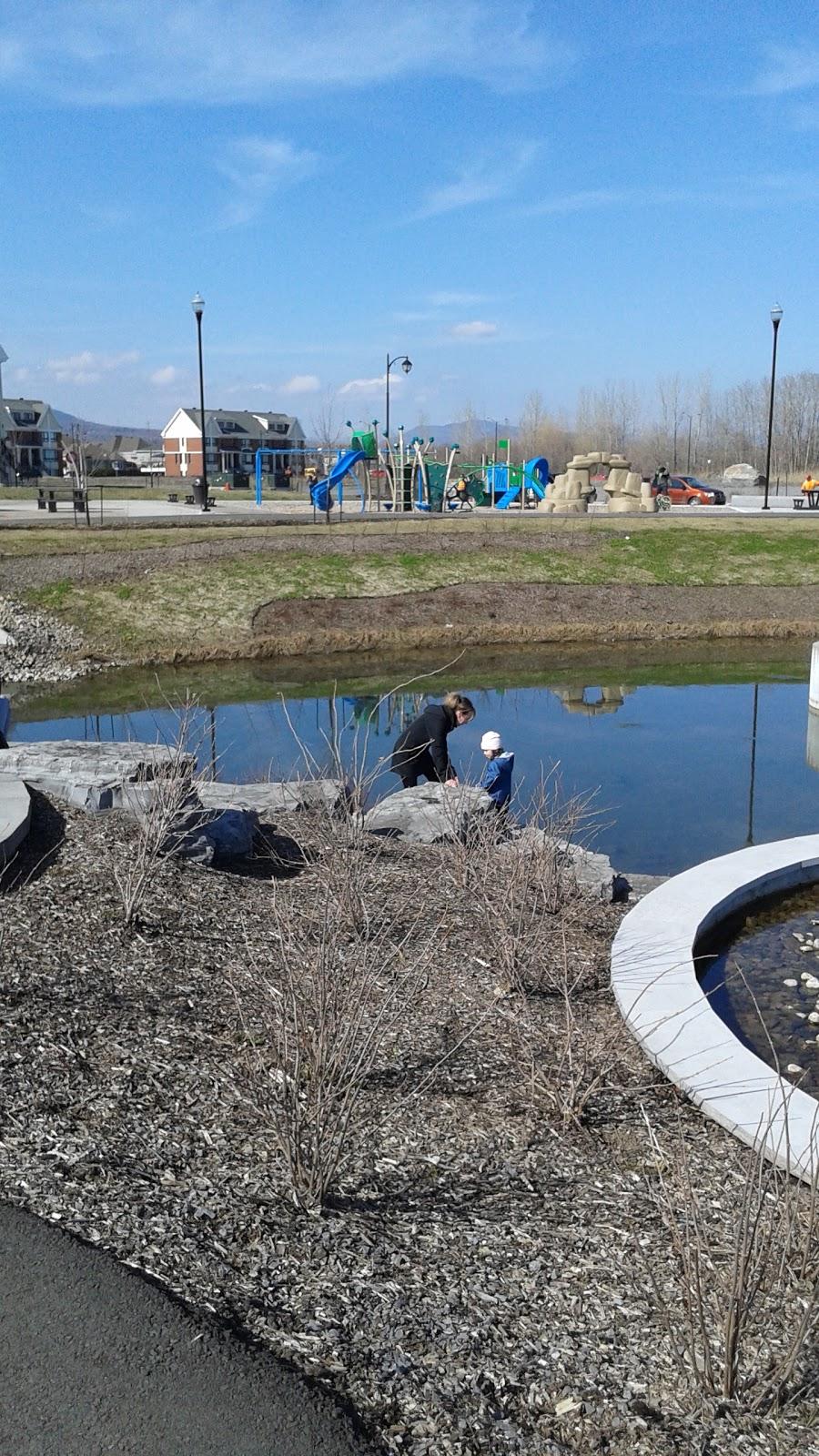 Parc Ruisseau Du Moulin | park | 2060 Rue Blanche-Lamontagne, Québec, QC G1C 8B8, Canada