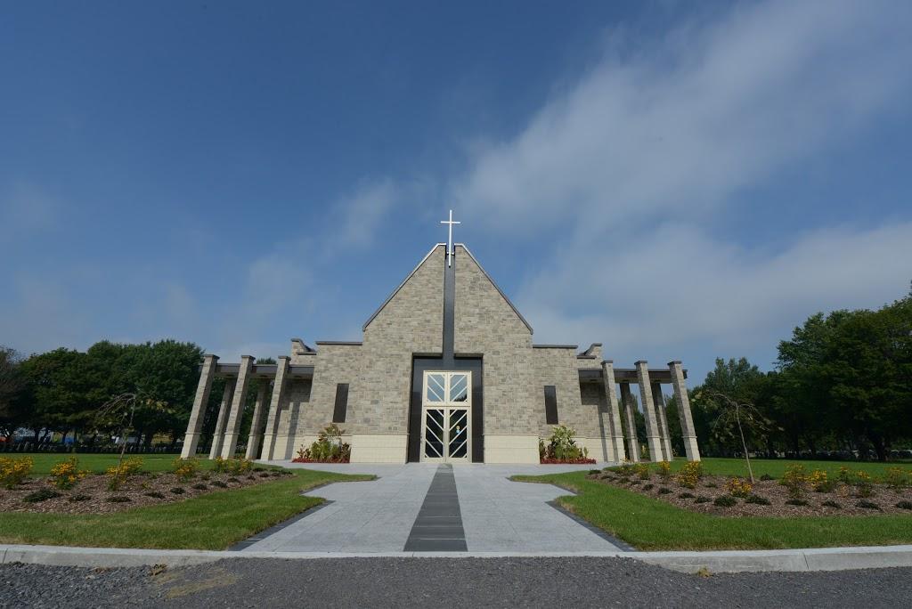 Cimetière Saint-Charles | cemetery | 1460 Boulevard Wilfrid-Hamel, Québec, QC G1N 3Y6, Canada | 4186880566 OR +1 418-688-0566