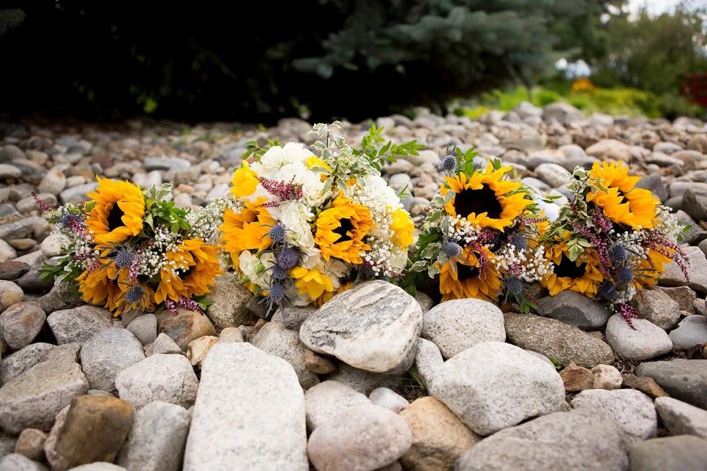 Mission Park Flowers | florist | 2655 Pandosy St, Kelowna, BC V1Y 9V9, Canada | 2508604457 OR +1 250-860-4457