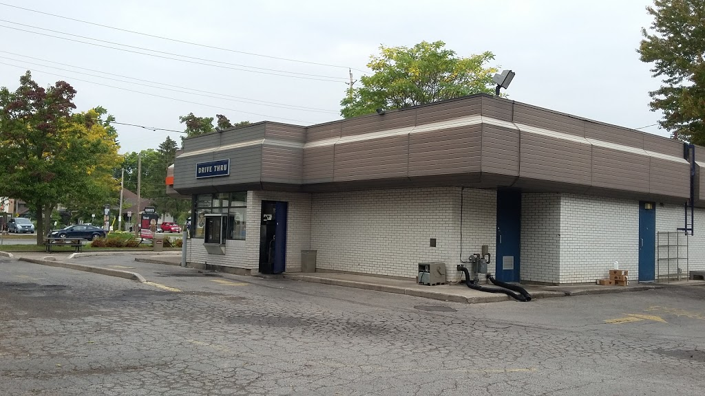 Harveys | restaurant | 158 Wharncliffe Rd S, London, ON N6J 2K6, Canada | 5194389641 OR +1 519-438-9641