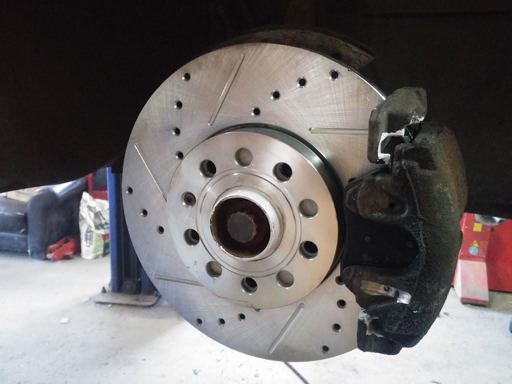 Pneu CA-Me | car repair | 360 Rue Joly, Québec, QC G1L 1P1, Canada | 4186272682 OR +1 418-627-2682