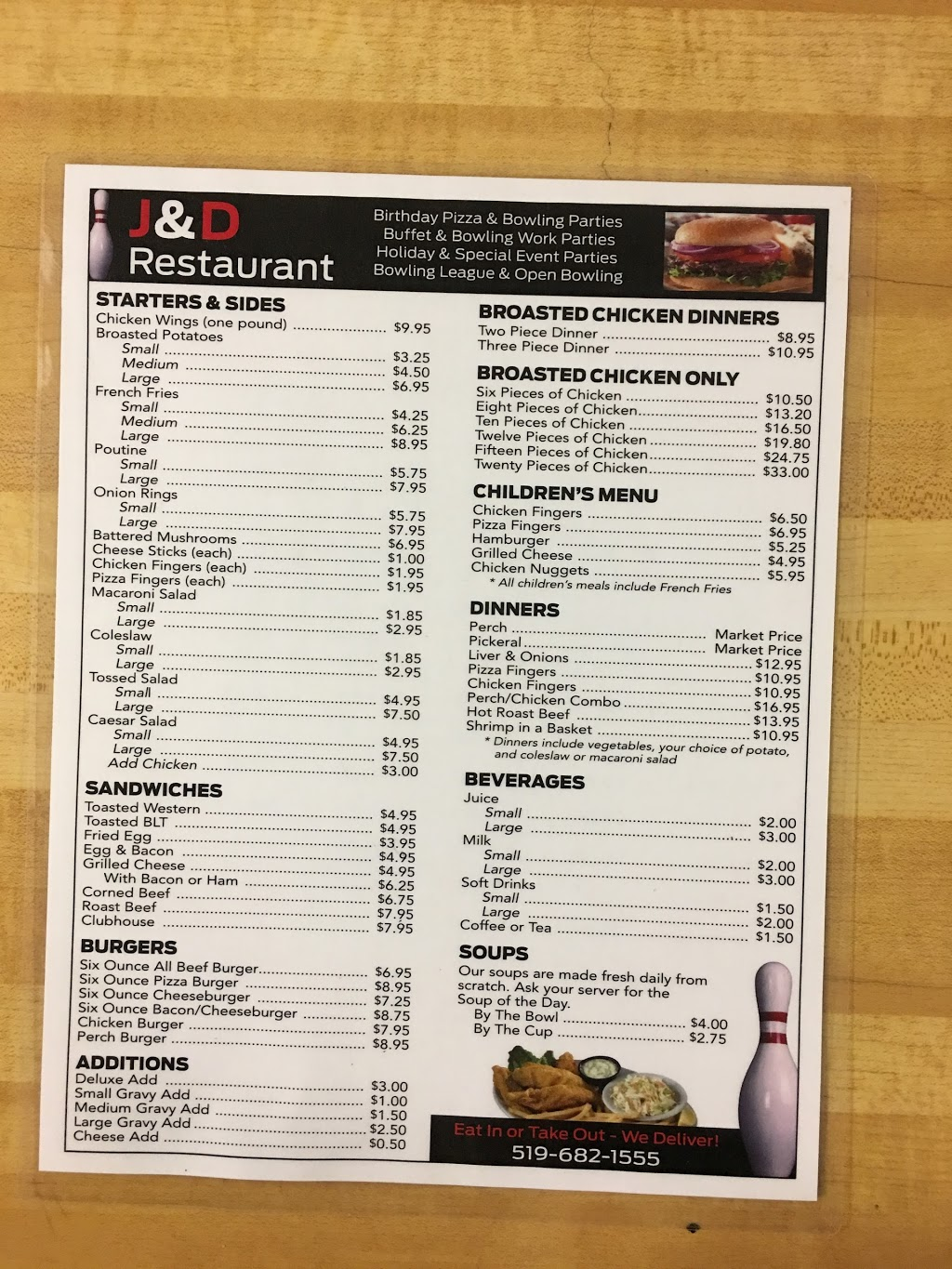 J & D Bowling & Restaurant | bowling alley | 4 Young St, Tilbury, ON N0P 2L0, Canada | 5196821555 OR +1 519-682-1555