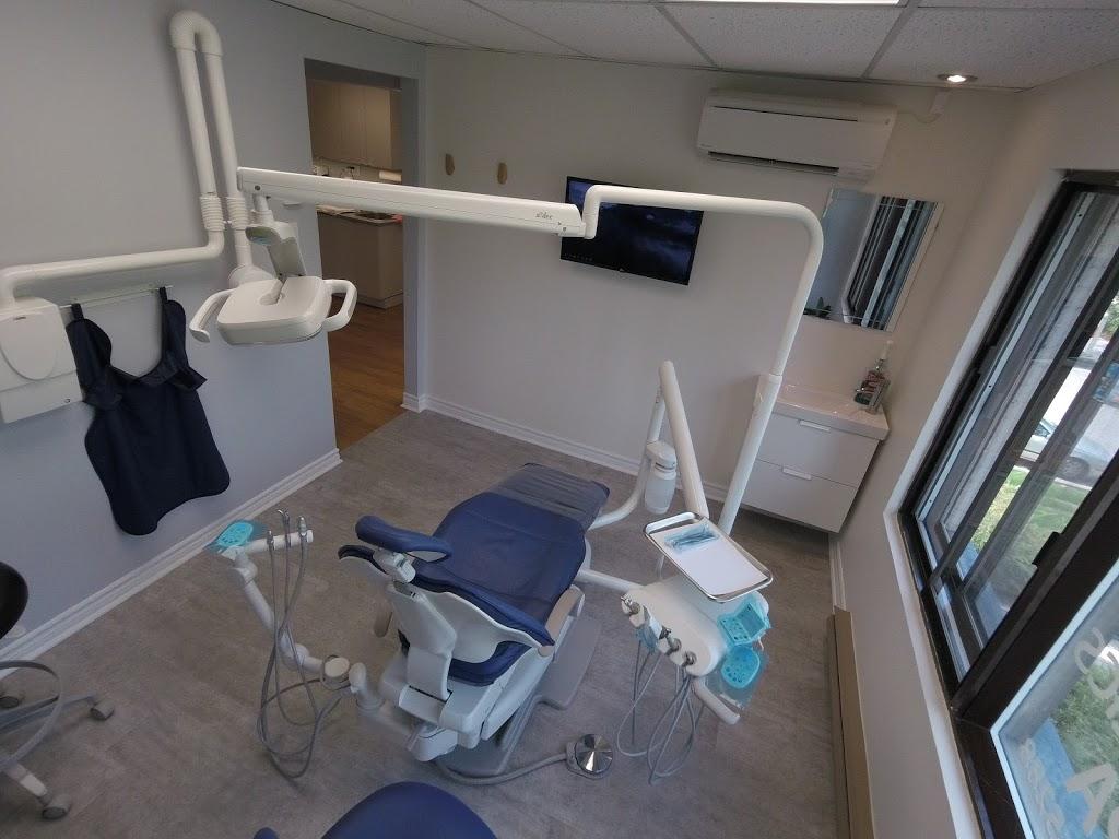 Dre Sara Laflamme   dentist   454 Boulevard Beaconsfield Suite 200, Beaconsfield, QC H9W 4B9, Canada   5146948092 OR +1 514-694-8092