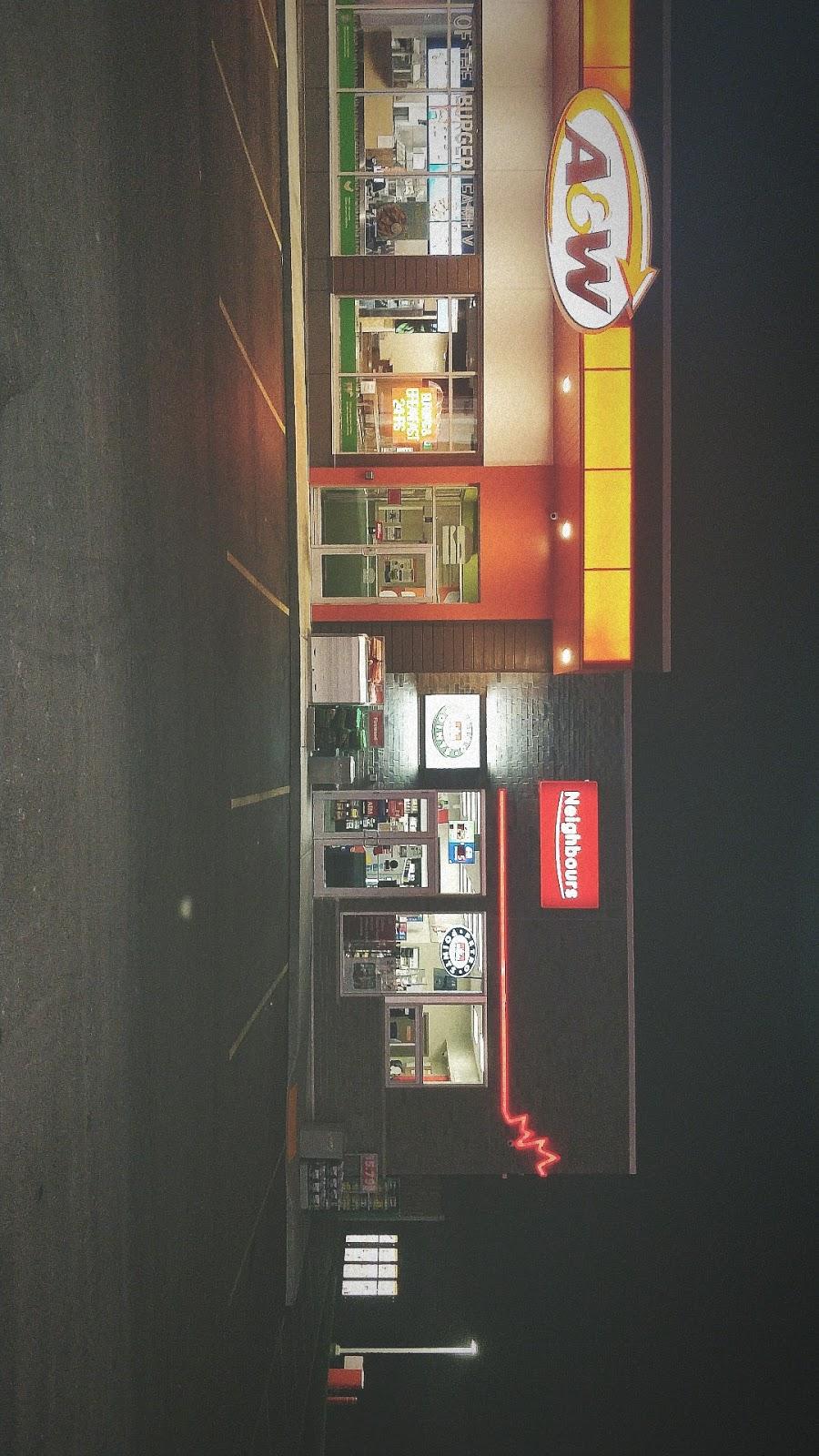 A&W Canada | restaurant | 1182 Colborne St E, Brantford, ON N3T 5M1, Canada | 5197513828 OR +1 519-751-3828