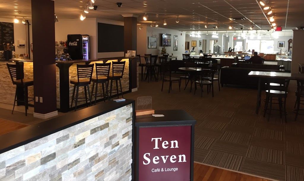 Ten-Seven Cafe & Lounge | cafe | 595 St Clair St, Chatham, ON N7L 3L3, Canada | 2269969759 OR +1 226-996-9759