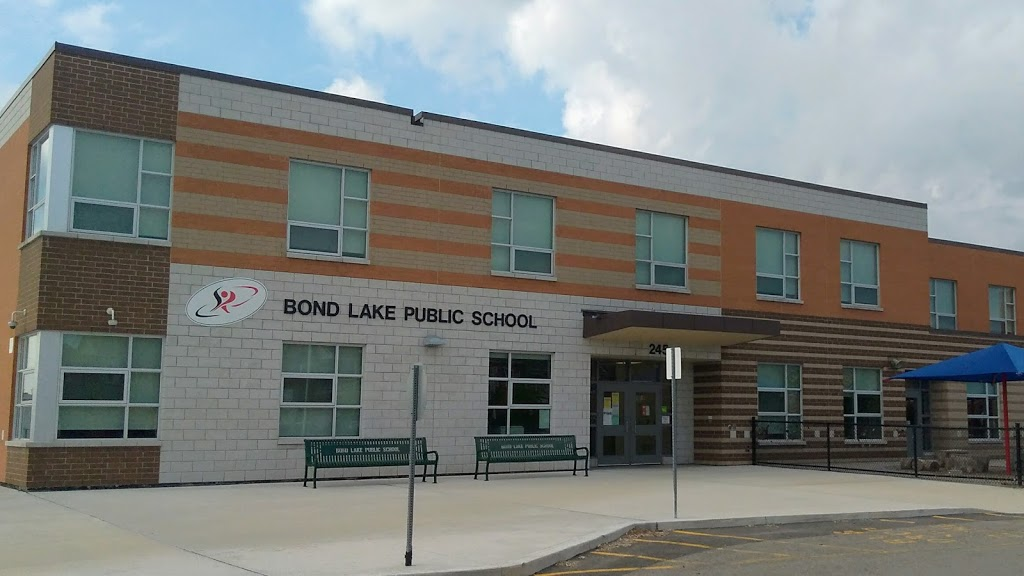 Bond Lake Public School | school | 245 Old Colony Rd, Richmond Hill, ON L4E 5B9, Canada | 9053138693 OR +1 905-313-8693