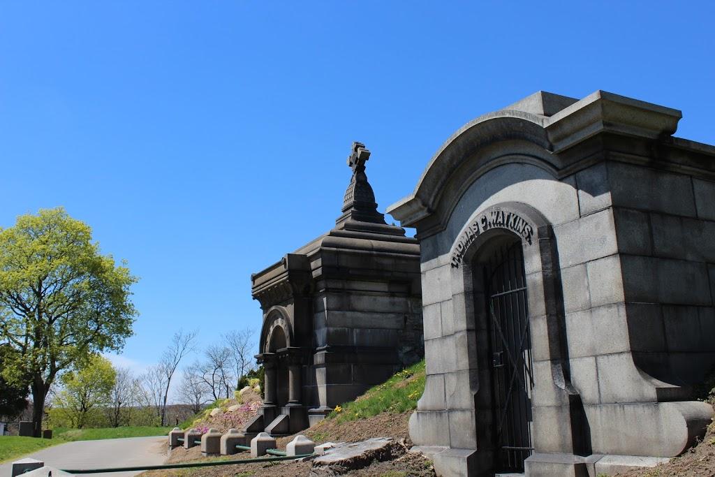 Hamilton Cemetery | cemetery | 777 York Blvd, Hamilton, ON L8R 2A4, Canada | 9055464704 OR +1 905-546-4704