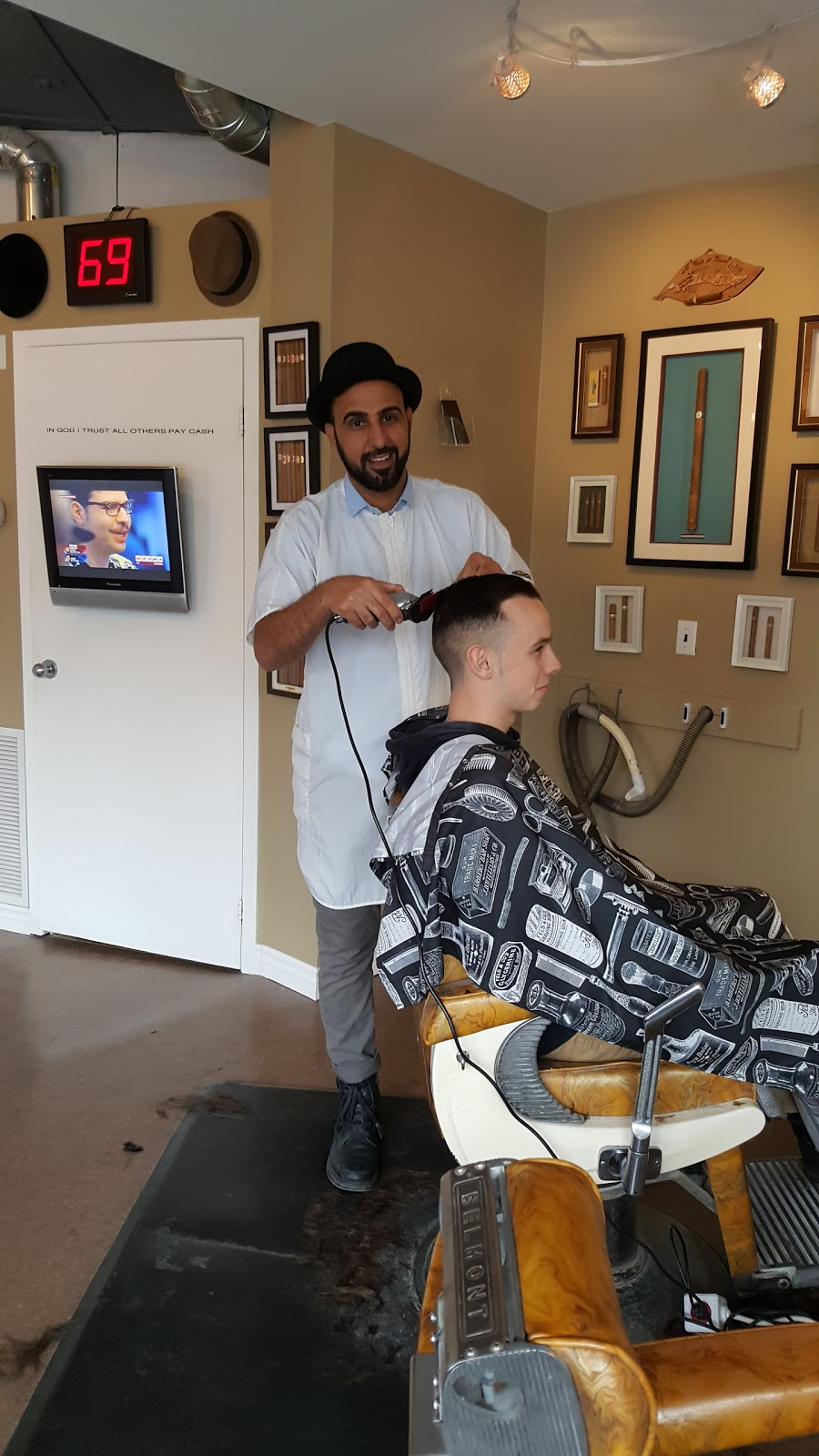 Moes Barber Shop   hair care   205 Franktown Rd, Carleton Place, ON K7C 2N9, Canada   6132760047 OR +1 613-276-0047