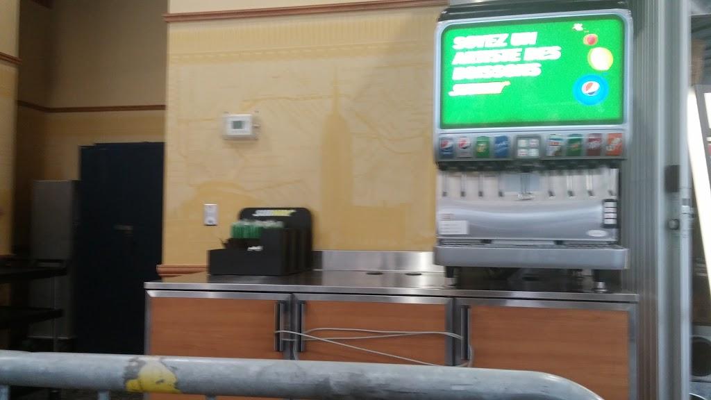 Subway | restaurant | 205 Rue Sherbrooke Ouest, Montréal, QC H2X 1X7, Canada | 5145644178 OR +1 514-564-4178