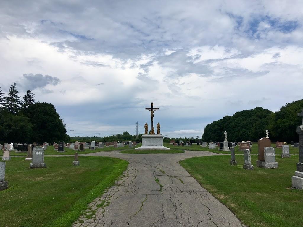 Cimetière Sainte-Anne-de-Bellevue | cemetery | 20821 Rue Lakeshore, Baie-dUrfé, QC H9X 1S1, Canada