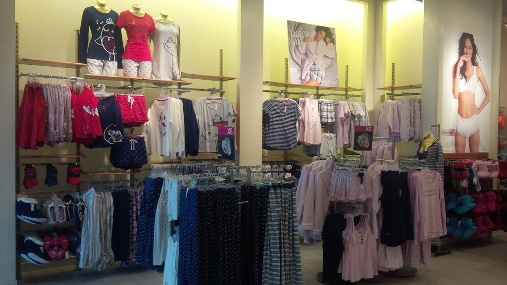 La Vie en Rose Outlet Canada One Factory | clothing store | 7500 Lundys Ln, Niagara Falls, ON L2H 1G8, Canada | 9053587667 OR +1 905-358-7667