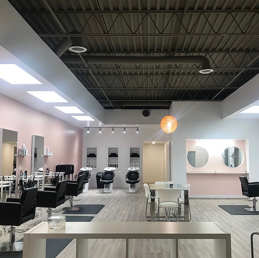blush + blonde salon | hair care | 534 Waterloo St, Winnipeg, MB R3N 0T1, Canada | 2045051755 OR +1 204-505-1755