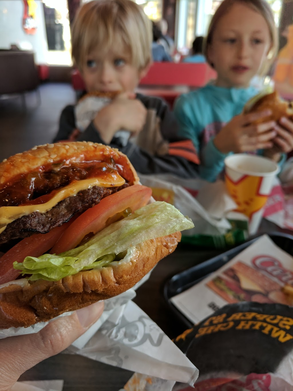 Carls Jr. | restaurant | 5211 MACLEOD TRAIL STE SW # 100, Calgary, AB T2H 0J3, Canada | 4034520066 OR +1 403-452-0066