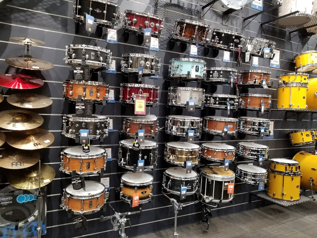 Long & McQuade Musical Instruments | electronics store | 1845 Pembina Hwy, Winnipeg, MB R3T 2G6, Canada | 2042848992 OR +1 204-284-8992