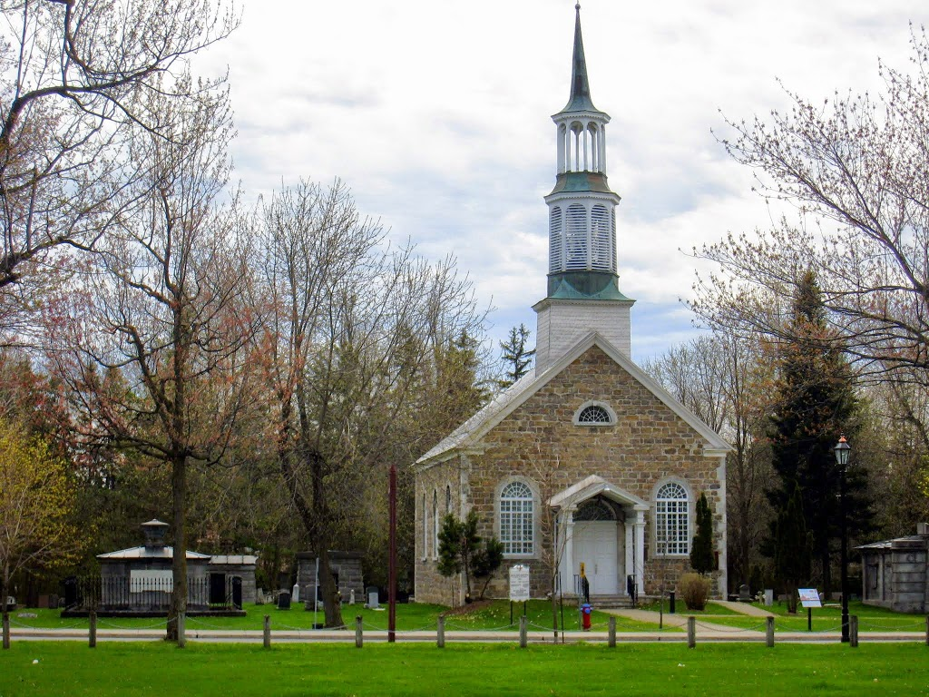 St Stephens Anglican Church | church | 2000 Avenue Bourgogne, Chambly, QC J3L 1Z6, Canada | 4506585882 OR +1 450-658-5882