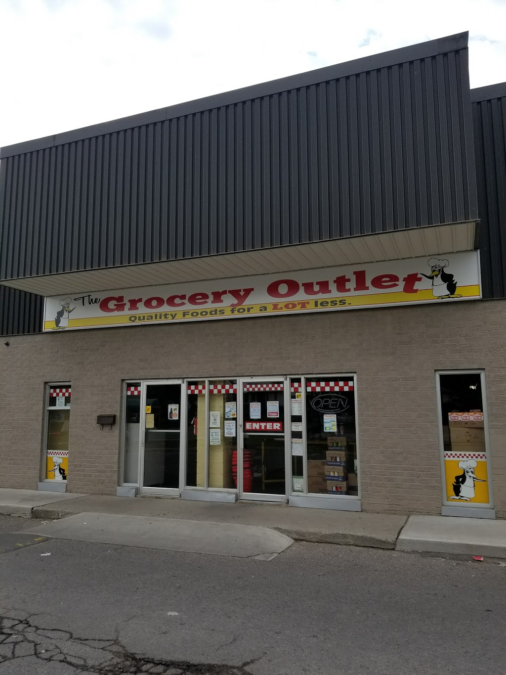 The Grocery Outlet | store | 133 Taunton Rd W, Oshawa, ON L1G 3T4, Canada | 9056666868 OR +1 905-666-6868