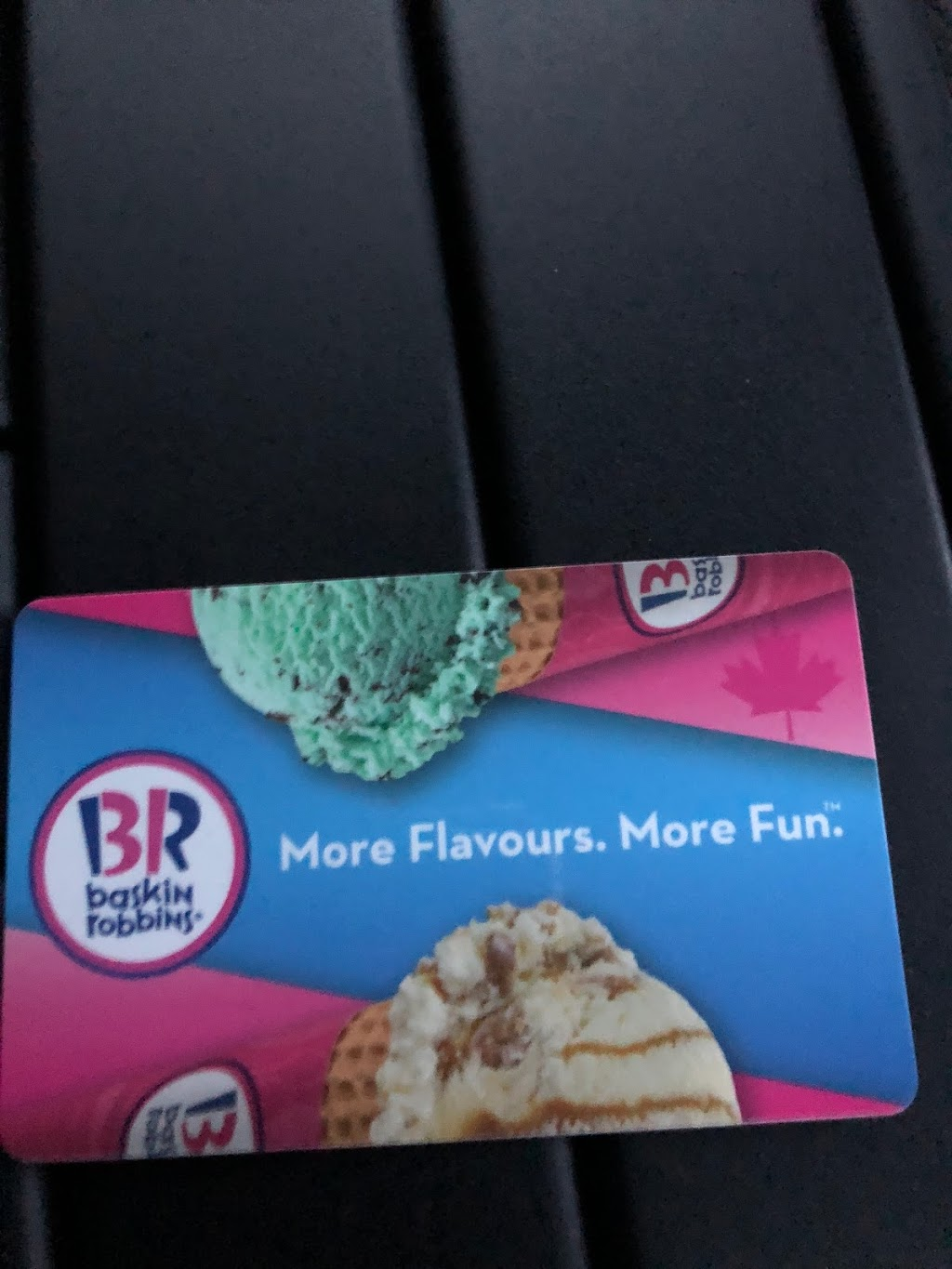 Baskin Robbins | cafe | 331 Bayfield St, Barrie, ON L4M 3C2, Canada | 7057372818 OR +1 705-737-2818