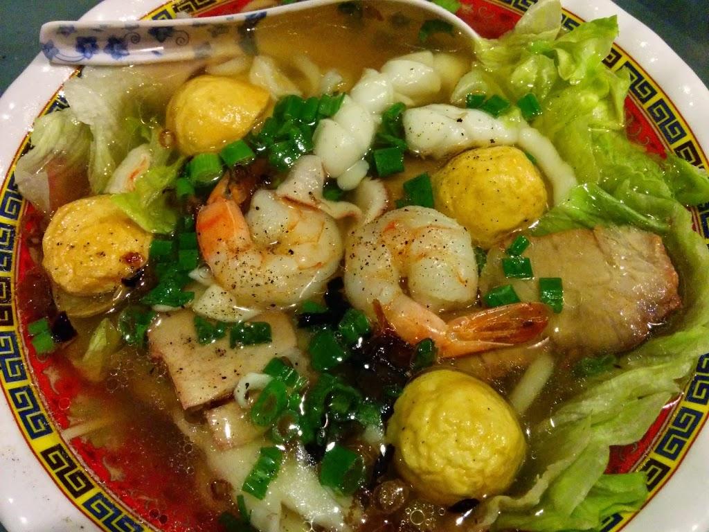 Thai Garden Family Restaurant | restaurant | 2317 Albert St, Regina, SK S4P 2V8, Canada | 3065840345 OR +1 306-584-0345