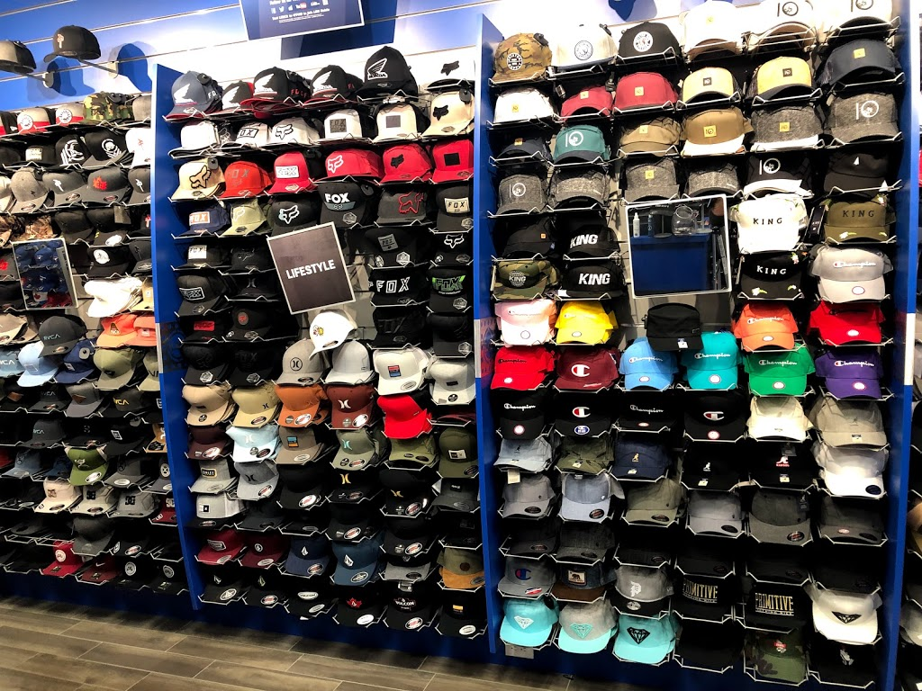 Lids | clothing store | 1349 Lasalle Boulevard SP45B, Greater Sudbury, ON P3A 1Z2, Canada | 7055254446 OR +1 705-525-4446