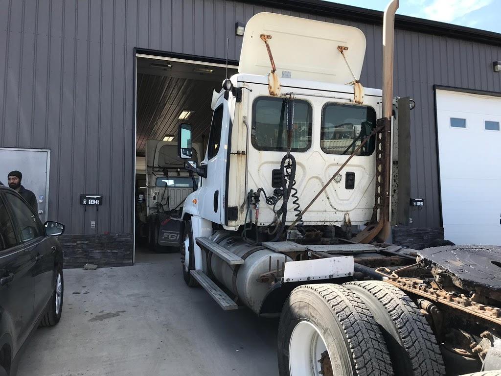 Roadside truck&trailer repair | car repair | 3-1426 Elliott St, Regina, SK S4N 3G5, Canada | 6399974000 OR +1 639-997-4000