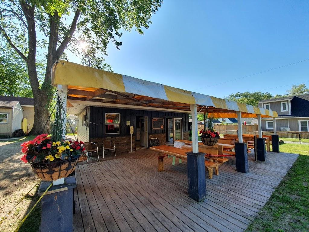 Rudders | restaurant | 250 Pleasant Beach Rd, Sherkston, ON L0S 1R0, Canada | 2892716600 OR +1 289-271-6600