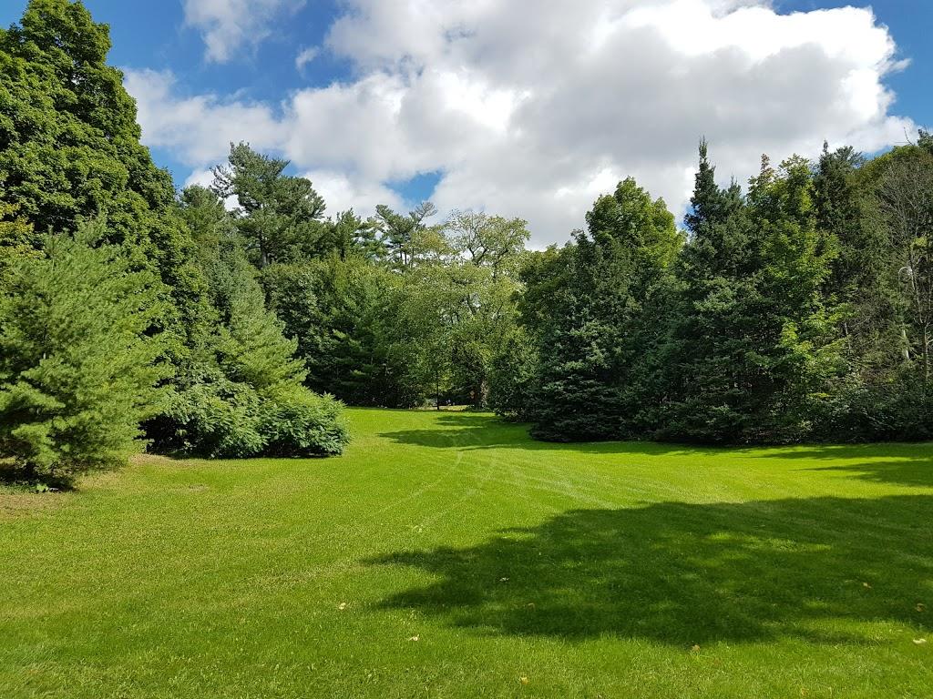 Rockcliffe Park Pavillion | park | Rockcliffe Driveway, Ottawa, ON, Canada | 6132395000 OR +1 613-239-5000
