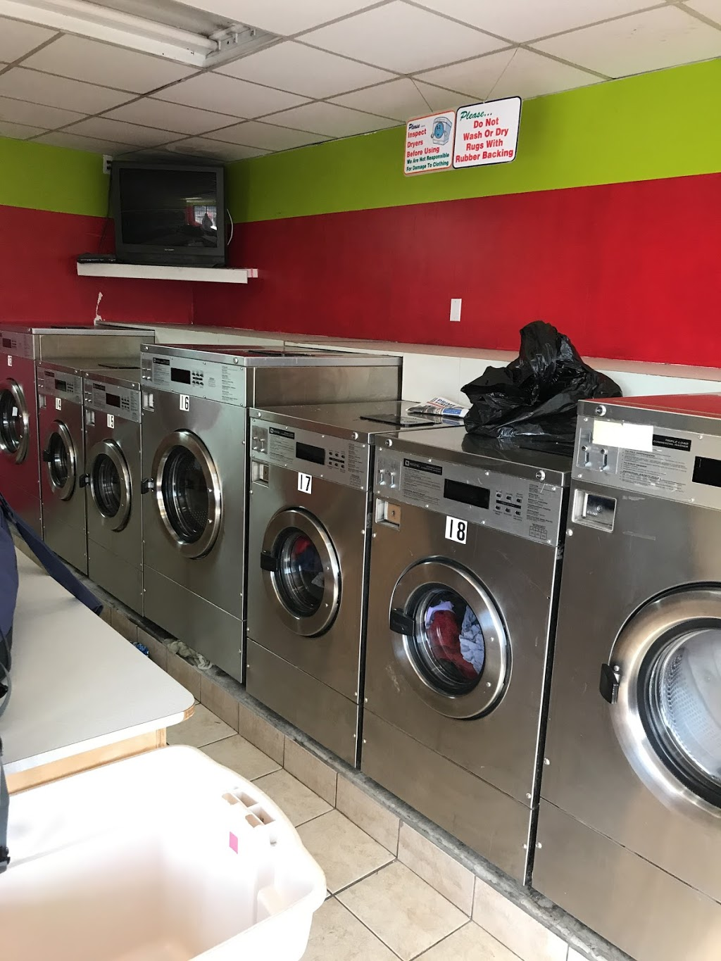 A & S Laundromat | laundry | 10610 105 St NW, Edmonton, AB T5H 2W9, Canada | 7804200555 OR +1 780-420-0555